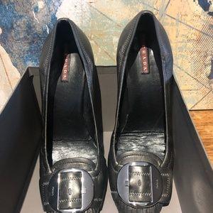 Prada Pumps ~ Gray Leather ~ Silver Buckle ~ 9/40